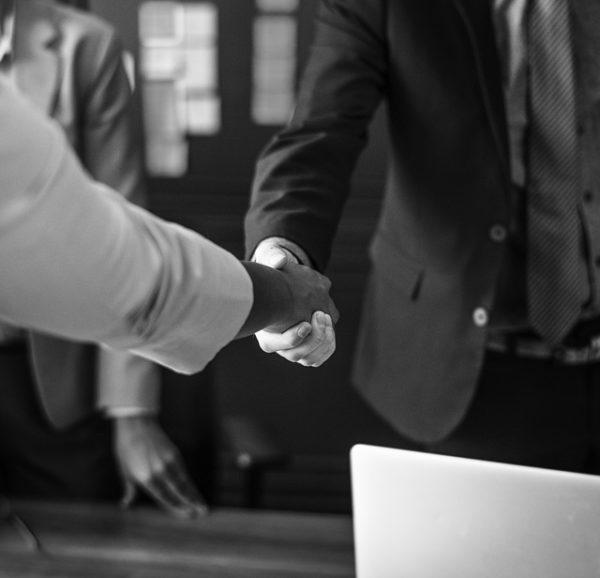 firma compraventa-derecho-comprador-vivienda